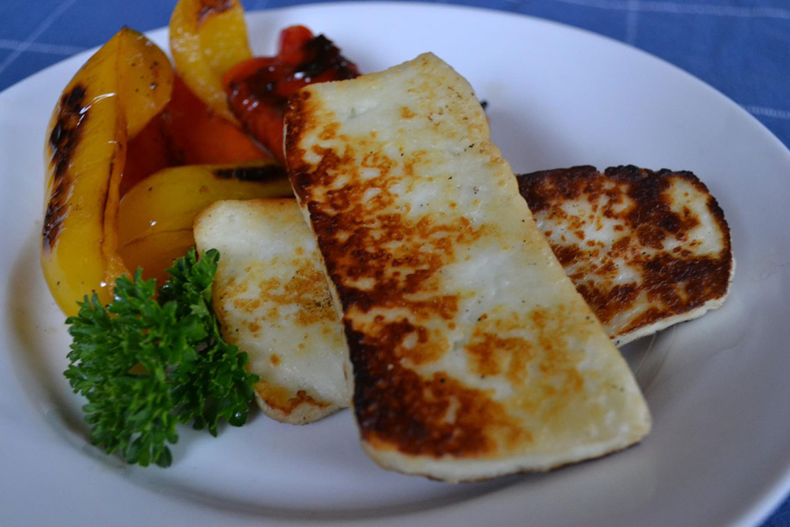 roasted-peppers-haloumi